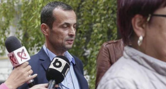 """COLOSAL/10 decembrie 2015- """"Negulescu Mircea a deschis usa biroului si s-a inglbenit la fata cand a vazut cine este in birou, iar apoi s-a retras/A venit Smurd-ul"""""""