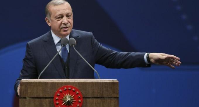 Erdogan ameninţă cu reluarea ofensivei în Siria / Surse: Armata turcă a încălcat deja armistiţiul – International