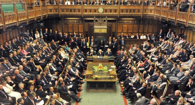 BREAKING NEWS Parlamentul britanic a dat vot favorabil acordului de Brexit convenit de Boris Johnson cu UE / Deputații refuză examinarea accelerată – International
