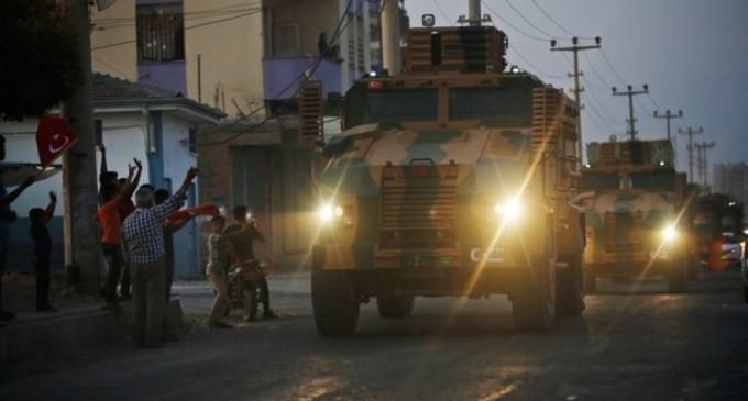 Siria: Kurzii spun că au părăsit zona de securitate (responsabil american) / Washington anunță că va ridica sancțiunile impuse Ankarei, dacă respectă armistițiul – International