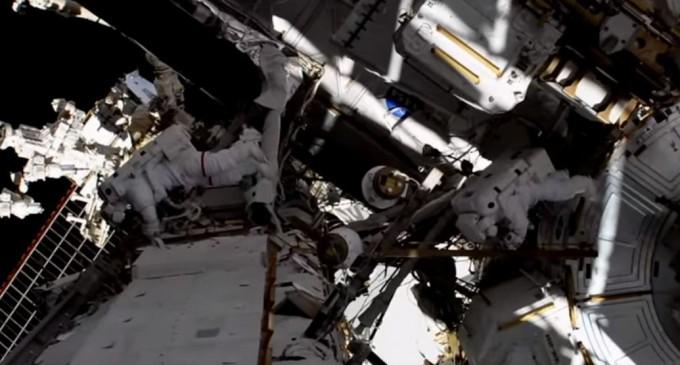 Prima misiune exclusiv feminină în afara Stației Spațiale Internaționale a fost un succes – Spatiul