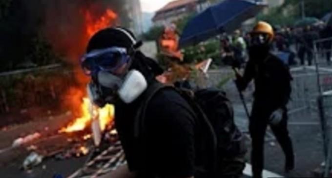 China suspendă exporturile cu haine negre către Hong Kong, în contextul protestelor – International