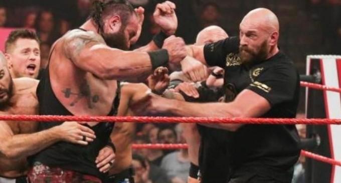 """Digisport.ro: Tyson Fury l-a făcut Knock Out pe """"Monstrul"""" de 175 de kilograme. 13 forțe de ordine și 10 sportivi au fost puși la podea"""