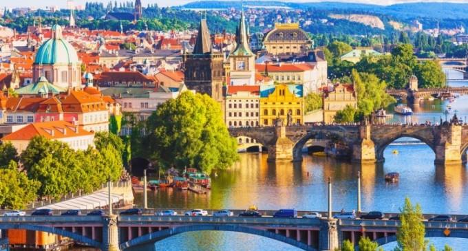 Invitatie la City break in fascinanta Praga
