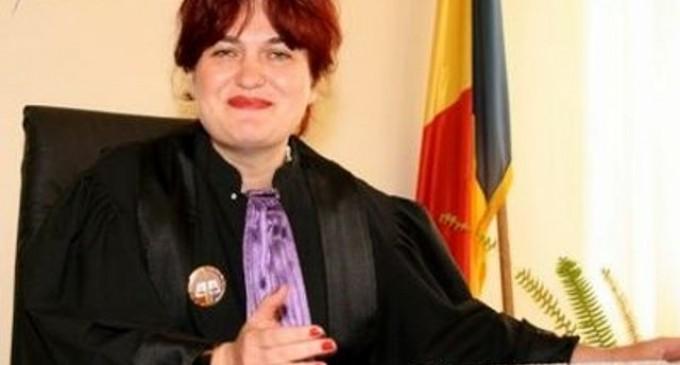 Judecatorii ICCJ sunt fierti pe un membru CSM