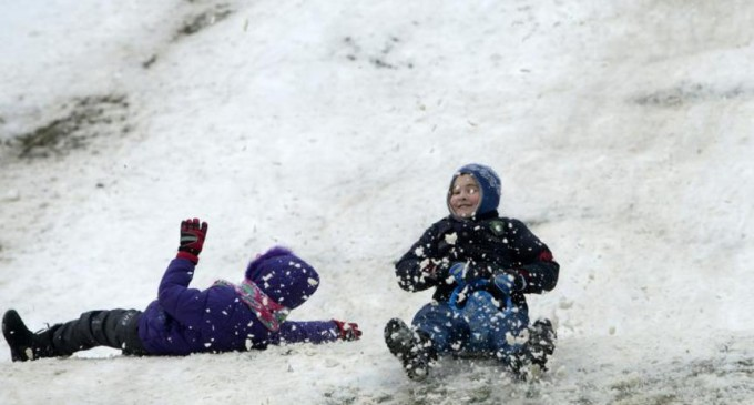Uraaa!!! Începe vacanţa de iarnă pentru elevi şi preşcolari – Esential