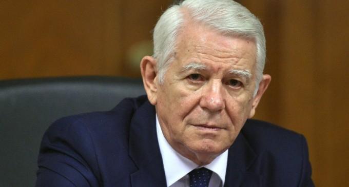USR cere demisia lui Meleșcanu de la șefia Senatului: Cu 30 de ani în urmă, ca reprezentant al lui Ceaușescu, nega crimele de la Timișoara – Esential