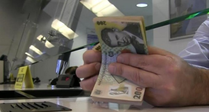 Digi24: Un bărbat din Iași știa că are 70.000 de euro în cont, dar când a mers la bancă a aflat că mai avea doar 200 de lei
