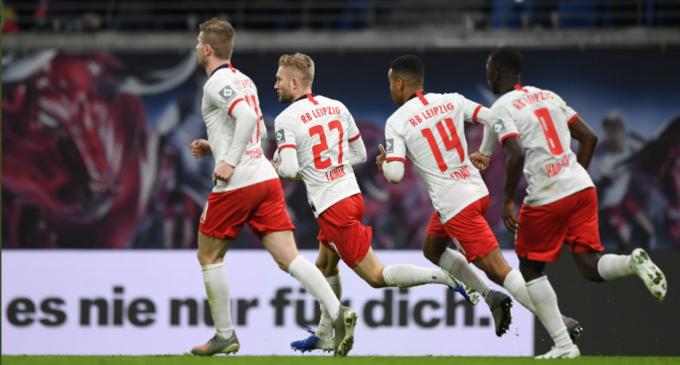 VIDEO RB Leipzig, lider în Bundesliga la final de an (3-1 cu Augsburg) / Rezultatele zilei – Fotbal