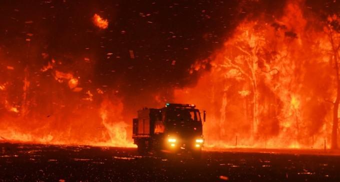 Un copil de 12 ani a scăpat viu din incendiile australiene după ce a plecat cu mașina fratelui – International