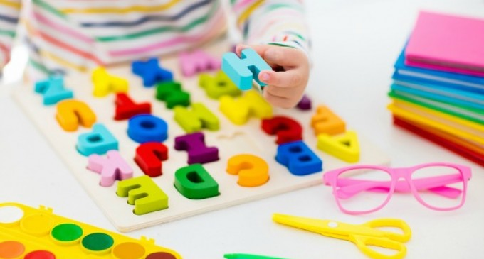 Cum îți ajuți copilul sa își dezvolte vorbirea cât mai repede?