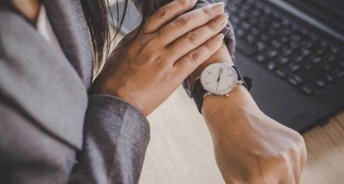 Modele de ceasuri pentru birou