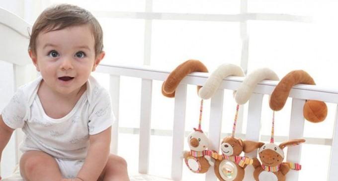 Carusel patut muzical si atragator pentru bebelusi