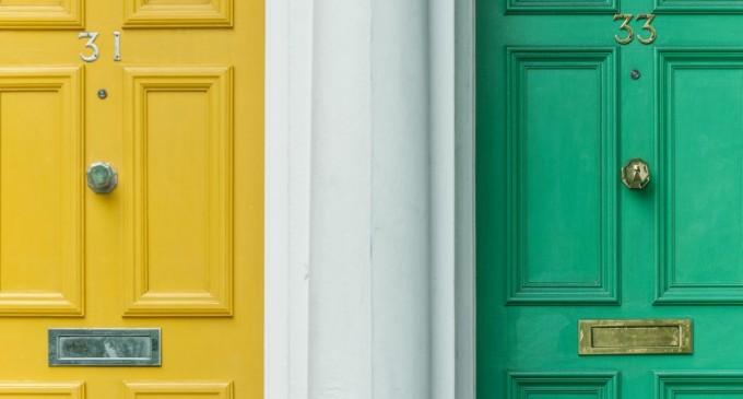 Izolare termica si fonica: Recomandari in alegarea usii de intrare in apartament
