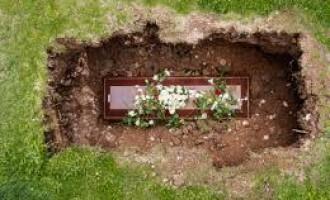 Ritualuri de inmormatare, intre bizarerie si speranta reintalnirii persoanei disparute