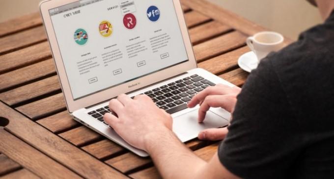 Cum alegem un furnizor de găzduire web