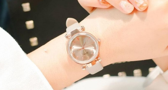 Zi-mi ce doamna esti, sa-ti spun ce ceas ti se potriveste!