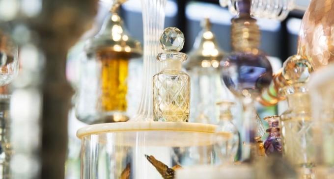 Istoria parfumului – Frumusete pentru un scop