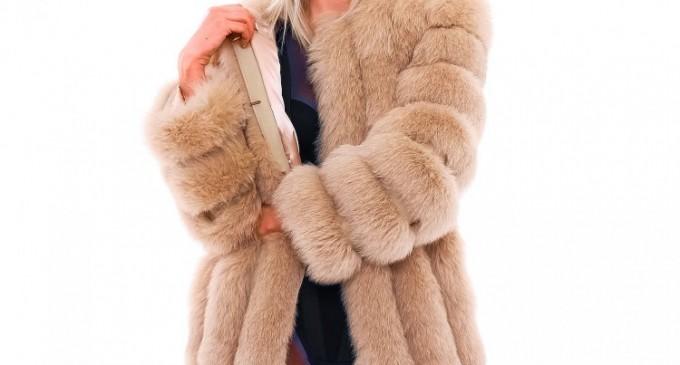 Fii mai frumoasa cu o haina de blana de lux
