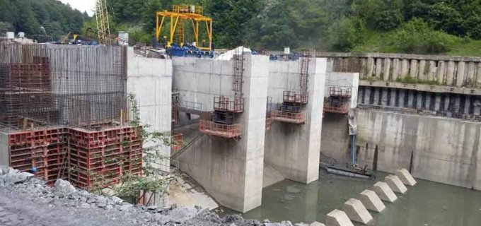 PER cere poziționarea lui Costel Alexe pe construirea de hidrocentrale în arii naturale protejate în raport cu Green Deal