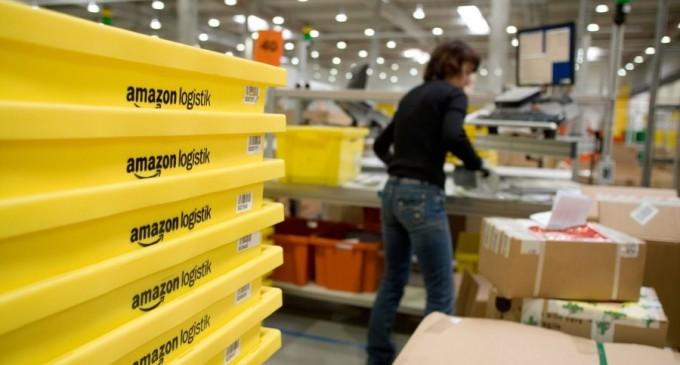 Amazon vrea să cumpere mall-uri pe care să le tranforme în depozite