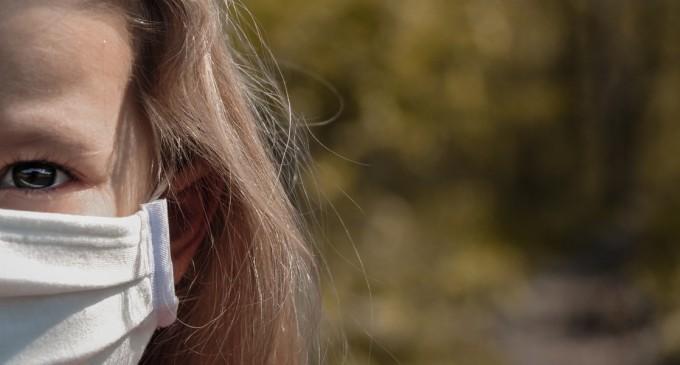 OMS: Copiii de peste 12 ani ar trebui să poarte mască în aceleași condiții ca adulții – Coronavirus