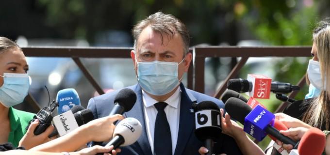 Tătaru, vizită inopinată la Vaslui după ce un ambulanțier și-a adus cu autospeciala, de pe litoral, fiica infectată cu coronavirus – Coronavirus
