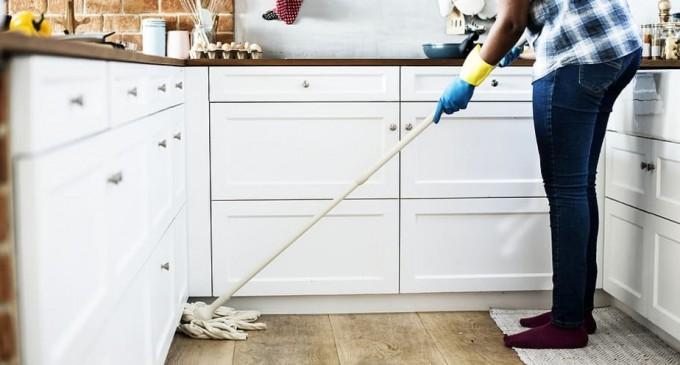 Câţi bani au făcut firmele româneşti din servicii de curăţenie. Topul firmelor