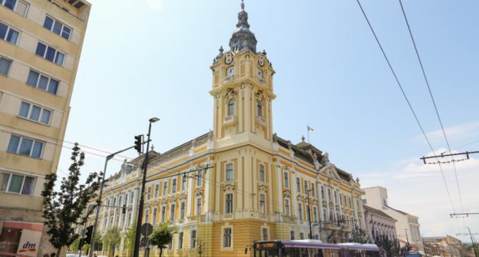 Masca devine obligatorie și în Cluj-Napoca începând de joi / Toate unitățile de învățământ intră în scenariul roșu – Esential