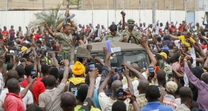 "Mali: Junta a promis un președinte de tranziție, ""militar sau civil"" – International"
