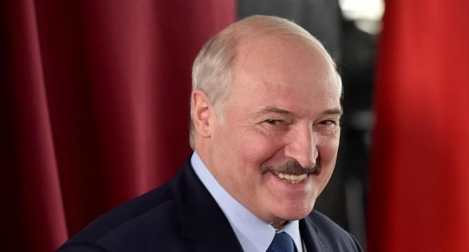 Prezidențiale Belarus: Aleksandr Lukașenko câștigă alegerile cu 79,7% din voturi (exit-poll oficial) – International