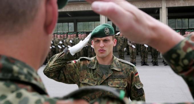 Germania: Șeful serviciului de informații militare a fost demis / Guvernul promite să combată extremismul de dreapta în armată – International