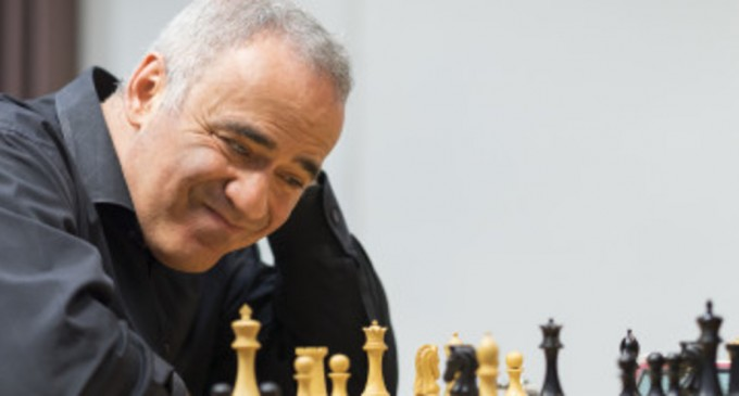 Care este ultima glumă despre vaccinul rusesc, potrivit lui Garry Kasparov – International