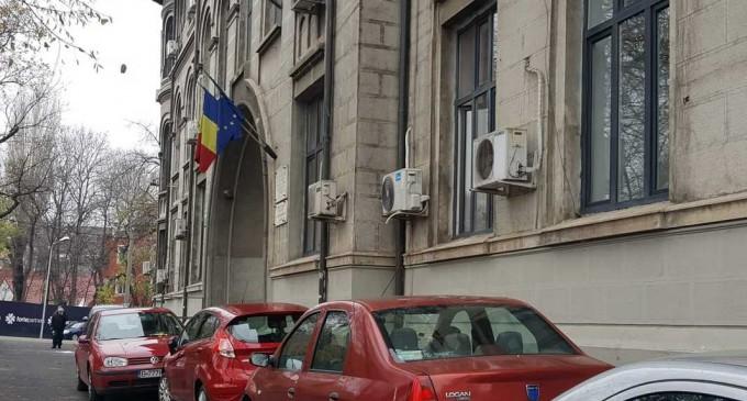 """Cursuri suspendate într-o clasă de la Colegiul """"Gheorghe Șincai"""" din București, după ce un elev a fost confirmat cu Covid – Coronavirus"""