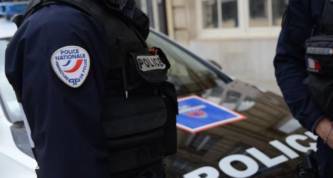 Paris: Bărbat rănit grav în urma unui atac cu cuțitul. Agresorul a fugit / Victima e un solicitant de azil afgan – UPDATE – International