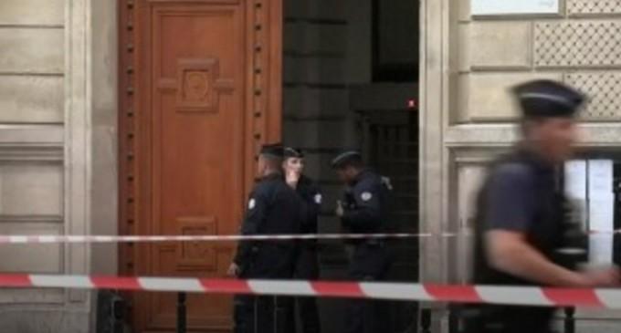 Atacul de la Paris: Un fost vecin al principalului suspect a fost arestat – Esential