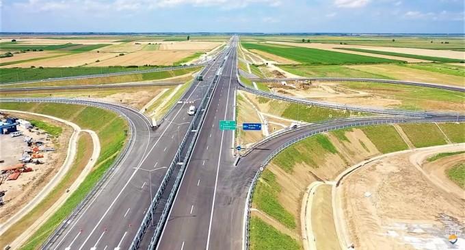 VIDEO Prima autostradă finalizată în 2020: Traficul va fi deschis vineri pe tronsonul care se leagă direct de rețeaua de autostrăzi a Ungariei – Infrastructura_Articole