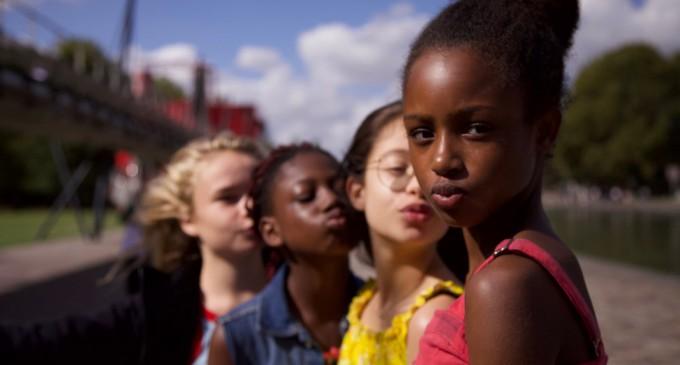 """""""Hipersexualizarea copiilor"""": Controverse uriașe generate de """"Cuties"""", noul film Netflix / #CancelNetflix, trending pe Twitter – International"""