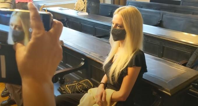 Slovenia: Doi ani de închisoare pentru o tânără care și-a tăiat mâna pentru a încasa o asigurare de 400.000 euro – International