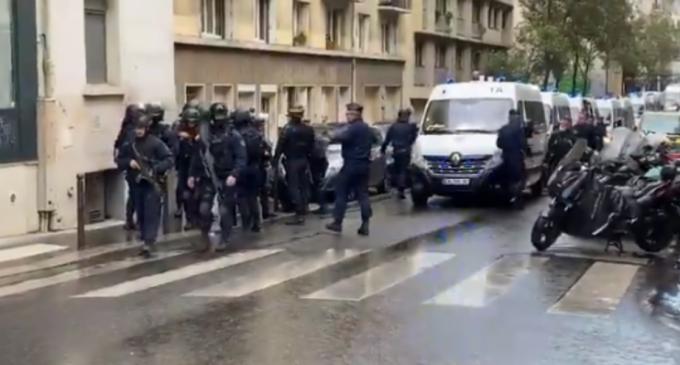 """Atacul de la Paris: """"Evident este un act de terorism islamic"""" (ministru de Interne) – International"""