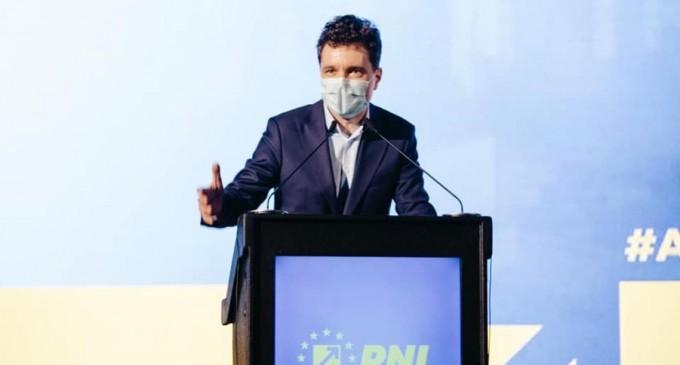 VIDEO Nicușor Dan: Ieșiți la vot încă din momentul ăsta pentru a evita aglomeraţia / Căutați cu răbdare pe buletinul de vot – Politic