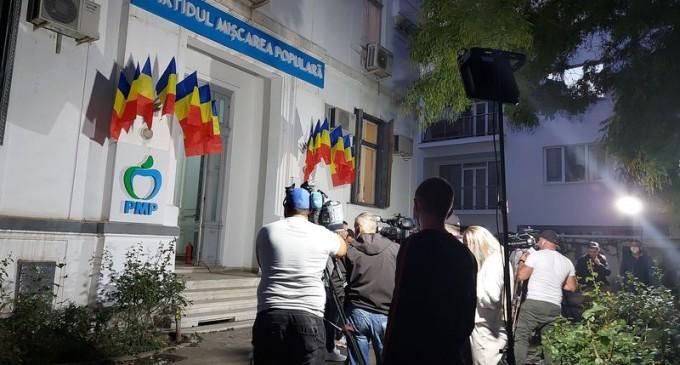 LIVETEXT Care este atmosfera de la sediile partidelor, înainte de anunțarea primelor rezultate în București – Politic