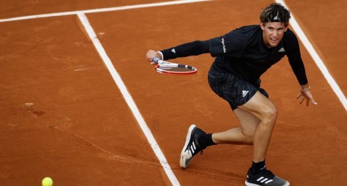 VIDEO Roland Garros: Nadal, Thiem, Zverev și Wawrinka, în turul trei / John Isner, eliminat de fiul unui câștigător de Grand Slam (Rezultatele zilei) – Tenis