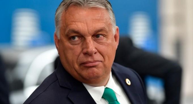 """Viktor Orban, după publicarea unei cărți de povești în care Cenușăreasa este lesbiană: """"Lăsați-ne copiii în pace"""" – International"""