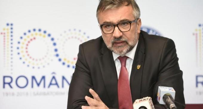"""PeBloguri: Lucian Romașcanu: """"Pandemia și criza economică încep să ocupe agenda publică"""" – Subiectele zilei"""