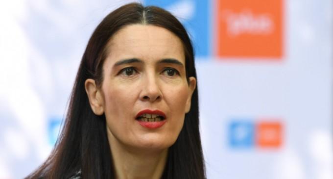 Tribunalul Bucureşti, aşteptat să ia o decizie în cazul mandatului de primar obţinut de Clotilde Armand – Politic