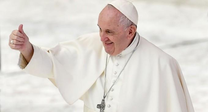 Papa Francisc se pronunță în favoarea parteneriatului civil pentru persoanele homosexuale – International