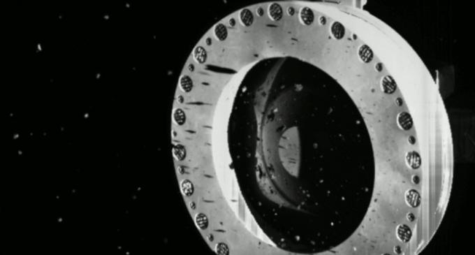 VIDEO Urgență NASA: Sonda Osiris-Rex își pierde rocile în spațiu, după colectarea lor de pe asteroidul Bennu – Spatiul