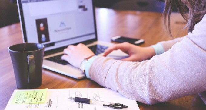 Ce oferă o agenție de marketing online?