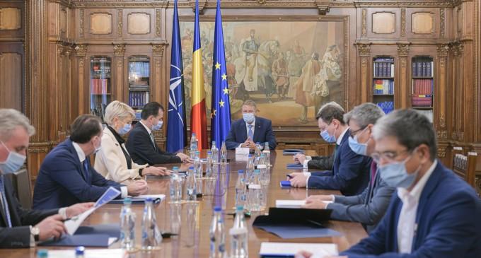 Guvernarea PNL și Președintele Iohannis au menținut România pe direcția Vest. Vizite importante în SUA, Franța și Israel – Politic